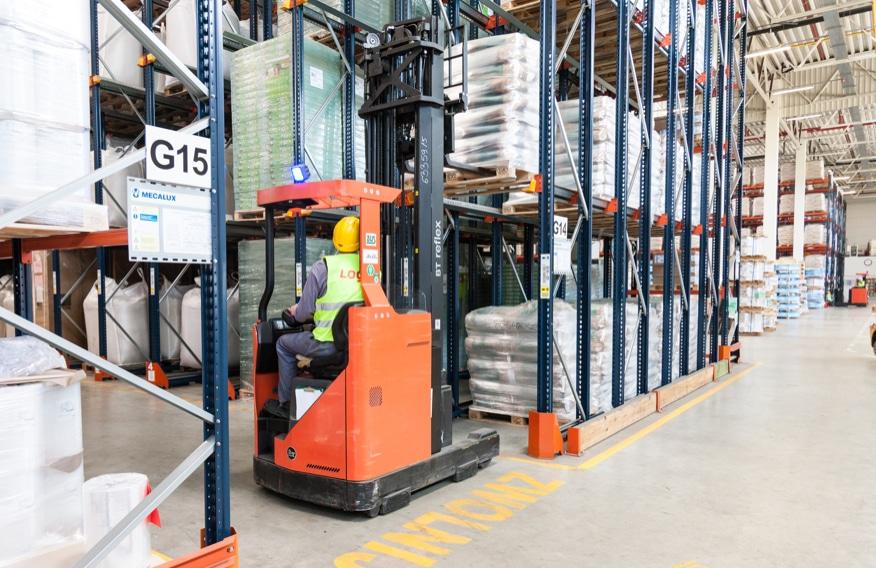 Na czym polega efektywna logistyka magazynowa?
